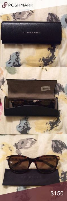 Women's Burberry Sunglasses - POLARIZED 100% authentic Burberry sunglasses for Women, bought from Sunglass Hut in Macy's. Rarely worn, and they are polarized. Tortoise frame with brown lenses and nose pads. Currently sold out on Macy's website!! Includes case and cloth for cleaning Burberry Accessories Sunglasses