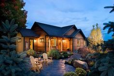 3 Bed House Plan with Vaulted Living Room and Master Suite - 12913KN thumb - 01