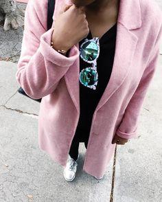 Pink Coat  Instagram @ modernbanks