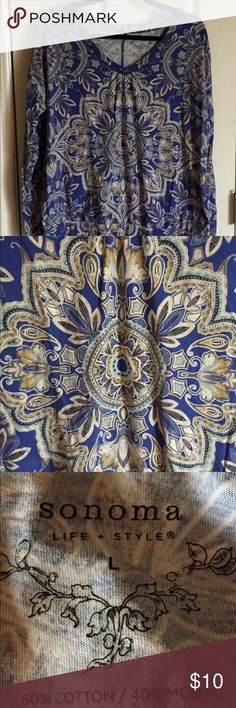 Mandolin print blouse Mandolin print Royal blue blouse. Has a banded bottom and v-neck. Smoking and Dog Household. If you don't like cigarette smoke please know this before buying and then giving a bad rating because of smoke smell. Thank you Sonoma Tops Blouses