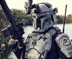 This is the Boba Fett Mandalorian Ballistic Armor created by the folks at Armor. It's functional ballistics armor inspired by everybody's favorite bounty hunter (provided your favorite bounty hunter isn't Dog The Bounty Hunter, who's been married five. Boba Fett Mandalorian, Mandalorian Cosplay, Darth Bane, Dog The Bounty Hunter, Tactical Armor, Zombie Apocalypse Survival, Combat Armor, Zombie Weapons, Hunter Outfit