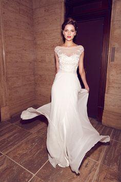 Beautiful bridal dress Karen Willis Holmes Shop their collection in store at 1272 High Street, Armadale #HighStreetArmadale
