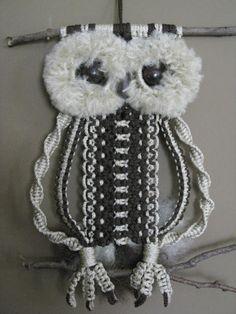 Macrame Owl, Dyi, Knots, Crochet Necklace, Weaving, Owls, Crafts, Hands, Ebay