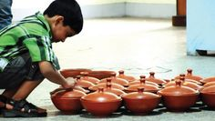 Doctors Flock to Terracotta Exhibition; Lap up Cooking Vessels - The New Indian Express