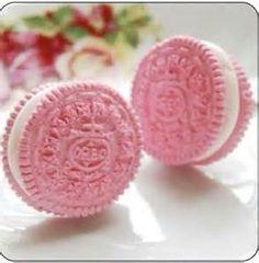 pink oreos