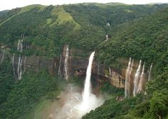 Top 5 Places To Visit in North-East India
