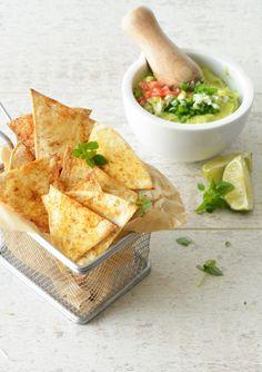 Baked nachos with homemade guacamole