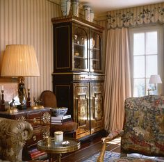 Country house living room, Howard Slatkin.