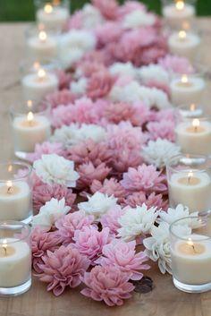 garden-wedding-fruhling-tischdeko-table runner-from-flowers-ke .- garten-hochzeit-fruhling-tischdeko-tischlaufer-aus-blumen-kerzen garden-wedding-fruhling-tischdeko-table runner-from-flowers-candles - Rustic Wedding Flowers, Wedding Flower Decorations, Wedding Colors, Purple Wedding, Pink Table Decorations, Reception Decorations, Spring Wedding, Floral Wedding, Wedding Table