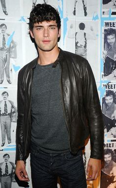Meet Sean O'Pry! 13 Things to Know About the Hot Guy in Taylor Swift's Blank Space Video | E! Online Mobile