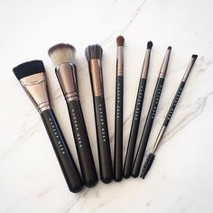 Don't brush off Makeup Geek brushes! After all, the proper tools can make alllll the difference. Showcased from left to right are these brushes: Chiseled Cheek, Foundation Stippling, Cheek Highlighter, Soft Dome, Defined Crease, Pencil, and Dual-Ended Brow. Major props and thanks to @ssamanthaattard for the sweet shot! #crueltyfree #makeupgeekcosmetics #teamMUG #makeupgeek #makeupbrushes