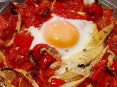 Tojásos lecsó kicsit másképp - sütőben sütve Eggs, Breakfast, Food, Morning Coffee, Essen, Egg, Meals, Yemek, Egg As Food