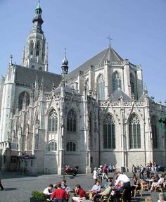 Grote Kerk Breda, Big Church, so impressive, about 40 mins drive, Breda is a great place to shop and sit on a terras xx