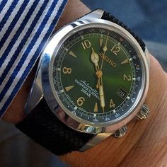 SnapWidget | Seiko Alpinist on perlon today #womw #watchnerd #watchesofinstagram #watchporn #japanesewatch #seiko #seikoalpinist #sarb017 #watchfam #instawatches #affordableWT #iwatchleague #teamIWL #awesome #natostrap #natonation #cheapestnatostraps #perlon