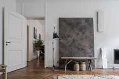 My picks from the overflowing Swedish homes market right now.