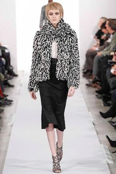 Oscar de la Renta Fall 2014 Ready-to-Wear Collection Slideshow on Style.com  The texture and layering is exceptional.