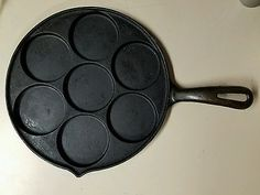 Unmarked Cast Iron Plett Pan Biscuit Silver Dollar Pancakes Muffin Eggs Skillet