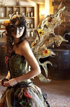 faefashion: Forest Fairy - 2010 Texas Renaissance Festival (by Rebecca Latson) steampunk Fancy Dress, Dress Up, Kobold, Jeanne Lanvin, Masquerade Party, Masquerade Costumes, Midsummer Nights Dream, Estilo Fashion, Fantasy Costumes