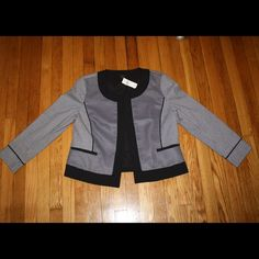 Ann Taylor black & white blazer NWT!! This Ann Taylor blazer with a fresh print features a buttonless design shown in pictures. New at $169. Make an offer  Ann Taylor Jackets & Coats Blazers