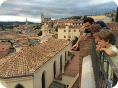 Girona. #creixerobservant #girona #streetsareours