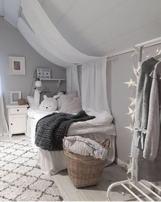 Home decoration is one of the most important elements that help you to define the… Teenage Girl Bedrooms, Big Girl Rooms, Baby Bedroom, Girls Bedroom, Living Room Decor, Bedroom Decor, Dream Rooms, My New Room, Room Inspiration