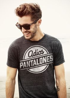 adios pantalones tee Jazz would love this Hipster Graphic Tees, My Sun And Stars, Moda Chic, Indie, Look Cool, Mens Tees, Style Me, Style Hair, Punk