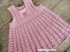 Yeni doğan bebekler için kolaylıkla örebileceğiniz, birbirinden güzel resimli, videolu ve anlatımlı dikişsiz bebek yelek modelleri ve örnekleri Baby Outfits, New Outfits, Kids Outfits, Baby Knitting Patterns, Baby Patterns, Knit Baby Dress, Crochet Baby Clothes, Pretty Baby, Womens Fashion Online