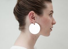 Saskia Diez. PAILLETTES hoops No3.