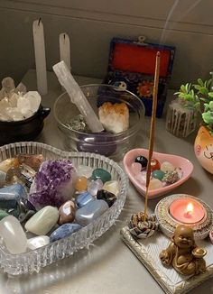 My New Room, My Room, Crystals And Gemstones, Stones And Crystals, Room Ideas Bedroom, Bedroom Decor, Decor Room, Crystal Aesthetic, Indie Room
