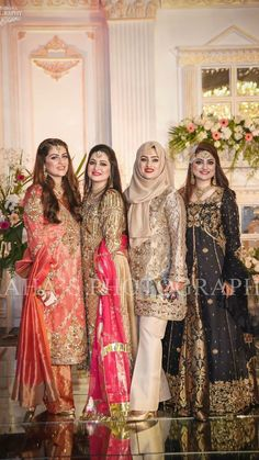 Pakistani Formal Dresses, Pakistani Fashion Casual, Pakistani Wedding Outfits, Pakistani Dress Design, Wedding Hijab Styles, Wedding Dresses For Girls, Party Wear Dresses, Girls Dresses, Simple Dresses