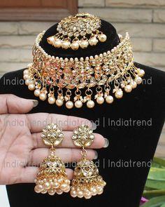 Antique Jewellery Designs, Fancy Jewellery, Stylish Jewelry, Fashion Jewelry, Diamond Jewellery, Indian Bridal Jewelry Sets, Indian Jewelry Earrings, Jewelry Design Earrings, Punk Jewelry