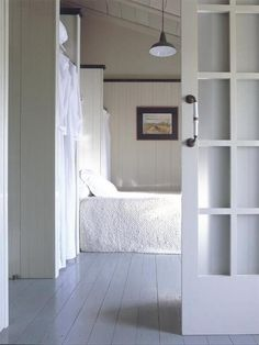 22 space saving sliding interior doors for spacious and modern small 22 space saving sliding interior doors for spacious and modern small rooms planetlyrics Image collections