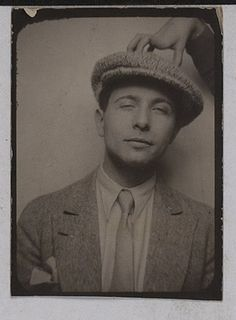 Louis Aragon 1929 French poet, who was one of the leading voices of the surrealist movement in France. Philippe Soupault, Victor Brauner, Louis Aragon, Michel De Montaigne, Vintage Photo Booths, Writers And Poets, Photographs Of People, Emily Bronte, Vintage Photography