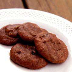 Vegan and Grain-Free Pumpkin Chocolate Chip Cookies