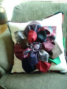 Necktie memory pillow