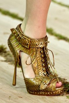 Image detail for -Alexander Mcqueen spring summer 2011 shoes » Fashion.Best Friends ...