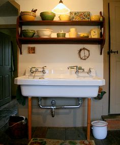 Salvage source for old sinks | Salvage | Upcycling | Repurposing ...
