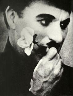 Charlie Chaplin in City Lights 1931