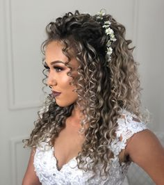 hairstyles with bangs 2020 hairstyles black hairstyles short length curly hairstyles hairstyles party hairstyles 2018 hairstyles to sleep in hairstyles cuts Curly Bridal Hair, Long Curly Hair, Curly Hair Styles, Natural Hair Styles, Permed Hairstyles, Bride Hairstyles, Wedding Hairstyles For Curly Hair, Gray Hairstyles, Weave Hairstyles