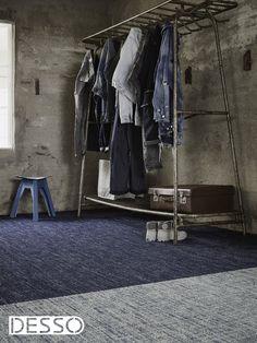 Denim, wie kent de spijkerbroekenstof niet? Maar wie had ooit kunnen denken dat denim ooit als tapijt zou worden toegepast? Desso wil met de collectie 'Jeans' inhaken op de immense populariteit van de stof, maar dan wel in de hedendaagse verantwoorde uitvoering.