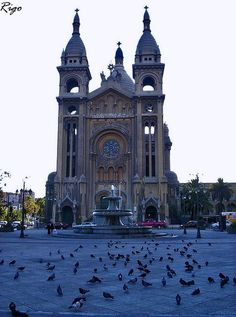 Basilica de los Sacramentinos, Santiago, Chile Pretty sure we are going here with the group, but if not it will be something we do in our free time. Places To Travel, Places To See, Easter Island, Chili, Old Churches, South America Travel, Kirchen, Wonderful Places, Around The Worlds