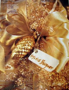 carolyne roehm christmas | HOLIDAY COLOR RECIPE: Peacock Blue & Burnished Gold