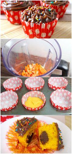 Nessa receita vou te ensinar a fazer um Cupcake de cenoura recheado com brigadeiro, além de ficar lindo é super gostoso, muito fácil e rápido de se fazer! #receita #gastronomia #culinaria #comida #delicia #receitafacil #cozinha #bolo #cupcake #cupcakedecenouraehocolate #cupcakedecenoura #cenouracomchocolate