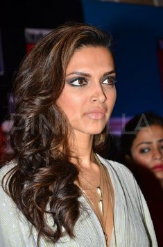 Deepika Padukone at HT Most Stylish Awards 2014 | PINKVILLA