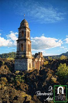 Todo aquel que disfrute de la aventura tiene derecho a conocer el Volcán Paricutín de los más jovenes de #México y está en #Michoacán Ven y quédate con nosotros! #SéBienvenidoAquí