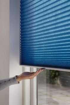 Ramen, Blinds, Curtains, Home Decor, Decoration Home, Room Decor, Shades Blinds, Blind, Draping
