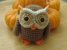 FREE Amigurumi Owl Crochet Pattern and Tutorial by Jaylees Toy Box Owl Crochet Patterns, Crochet Birds, Owl Patterns, Cute Crochet, Amigurumi Patterns, Crochet Animals, Crochet Crafts, Crochet Projects, Knit Crochet