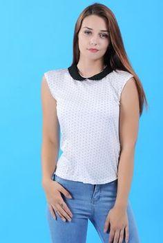 Detayları Göster Bebe Yaka Kolsuz Beyaz T-Shirt