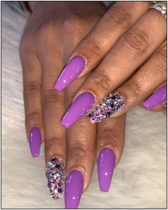 Awesome pretty nail art designs for any occasion 14 - empyreandivine Purple Nail Designs, Acrylic Nail Designs, Nail Art Designs, Fancy Nails Designs, Bright Nail Designs, Purple Nails, Bling Nails, Sally Hansen Nagellack, Nagel Hacks