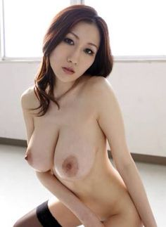 naked tits japanese boin Julia